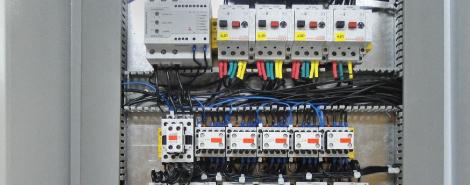 Щит автоматизації і керування технологічними процесами і комплексами